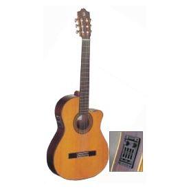 Chitarra classica 4/4 in cedro solido equalizzata Fishman Prefix