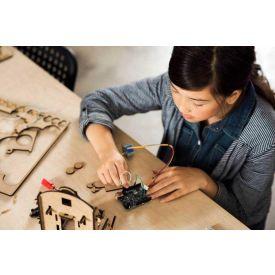 Corso di formazione Microcontrollori a lezione: a scuola con Arduino - corso Pro
