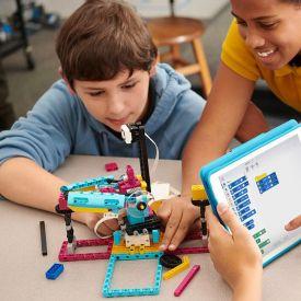 Corso di formazione su STEAM e idee di lezione con LEGO Education SPIKE Prime